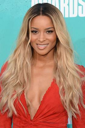 Описание: C:\Users\Диана\Desktop\Парики\ciara-long-ombre-blonde-style-wavy-virgin-hair-lace-wigs-892-1v.jpg